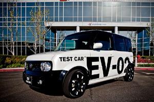 Электрический Nissan ZEV заряжается без проводов