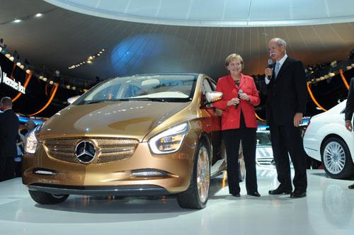Mercedes_Merkel
