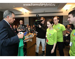 Формула_Гибрид_formulahybrid_RAY_LaHOOD_USA